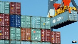 The UK's trade deficit narrowed in November, as exports rose more than imports, official figures have shown. The seasonally-adjusted deficit on goods and services totalled £3.5bn in November, compared with £3.7bn in October.