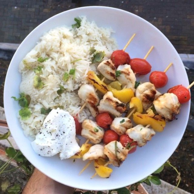 Try my coconut & coriander kebabs  #Leanin15 #Lunch #thebodycoach #videomeals #instacook