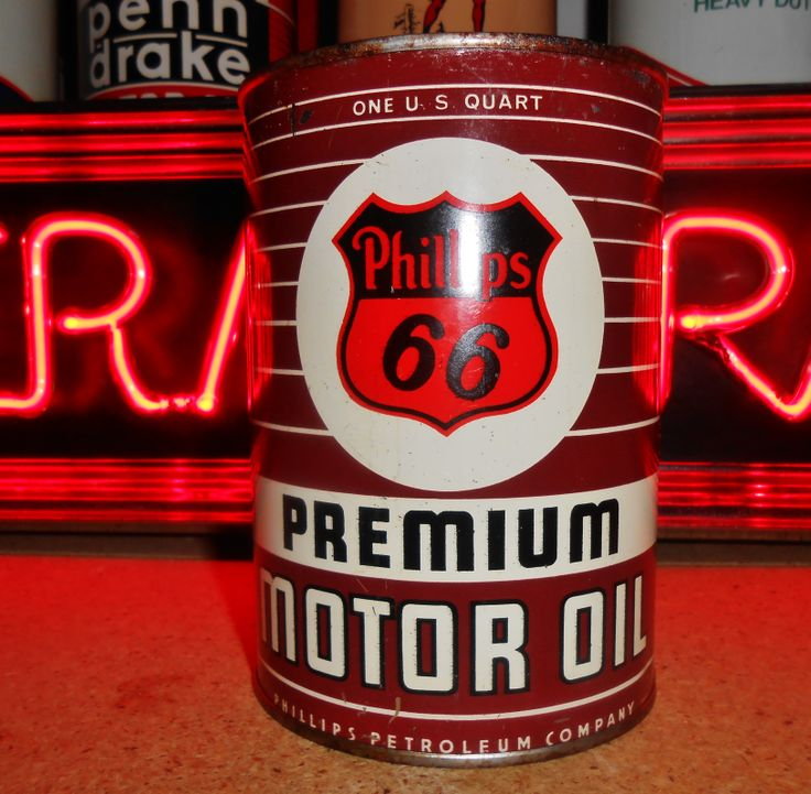 Vintage PHILLIPS 66 MOTOR OIL 1 QT. Metal Can (full), circa 1950's