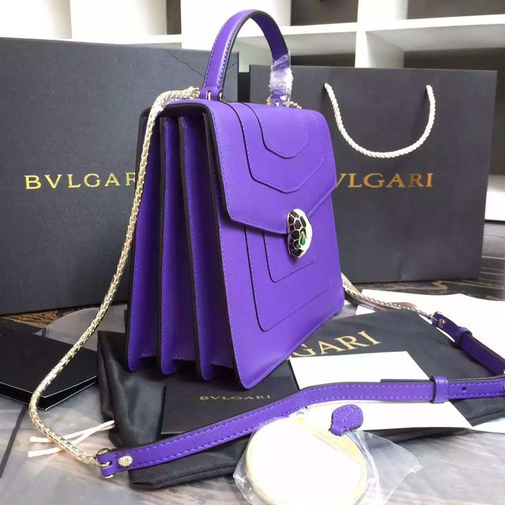 519 best Bvlgari images on Pinterest | Leather handbags, Black ...
