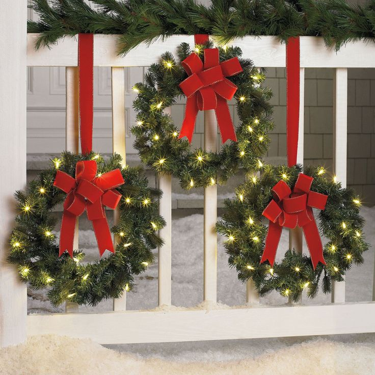 Set Of 3 Cordless Pre-Lit Mini Christmas Wreaths | Wreaths, Garland & Swags | Brylanehome