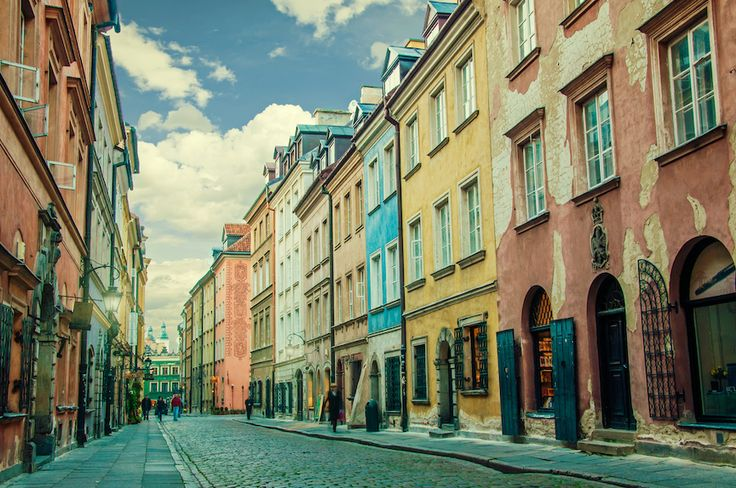 The colorful streets of #warsaw.  http://www.stay.com/warsaw/guides/
