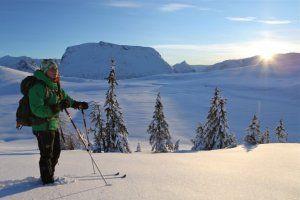 Skiing at Mt. Utvikfjellet, Gloppen, Nordfjord, Fjord Norway. Copyright: Eivind Nordvik Hauge