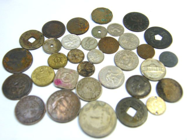 WORLD COINS LOT 34,  WORLD COINS T631