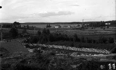 Soapstone was taken to the lake through rails that are seen in the photo. (Nunnanlahti, Juuka, North Karelia).