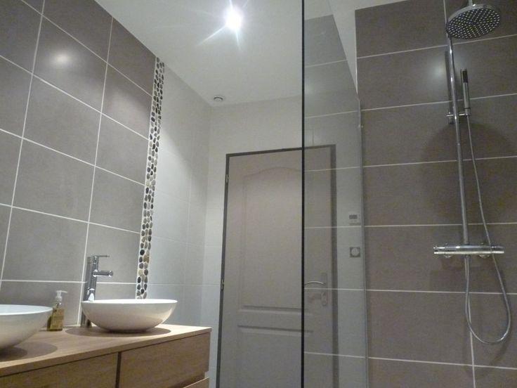 Les 9 meilleures images propos de salles de bain sur - Carrelage salle de bain taupe ...