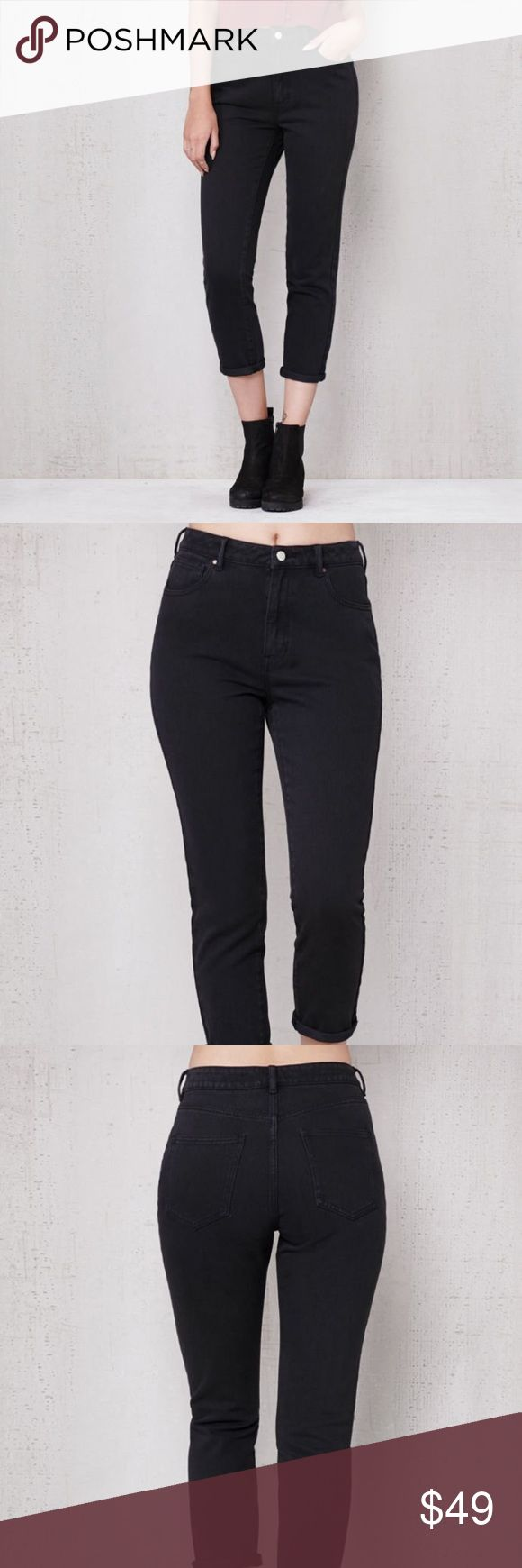 Pacsun Mom Jeans The Graphite Mom Jeans have a rigid fabrication for a nod to throwback fashion. They offer a super high rise fit, naturally cinched waist, relaxed leg, and rich black wash.  Mom jeans Super high rise fit 11.25'' rise 26.5'' inseam Sits cinched at the small of your waist Relaxed leg with a taper at the hem  Black wash Button closure, zip fly Can be worn rolled or unrolled Rigid fabric 100% cotton Machine washable PacSun Jeans Ankle & Cropped