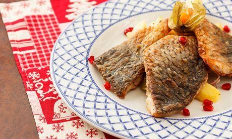 Kapr s ořechy či pestem. Co večeří šéfkuchaři na Štědrý den? | Dobrá chuť | Lidovky.cz