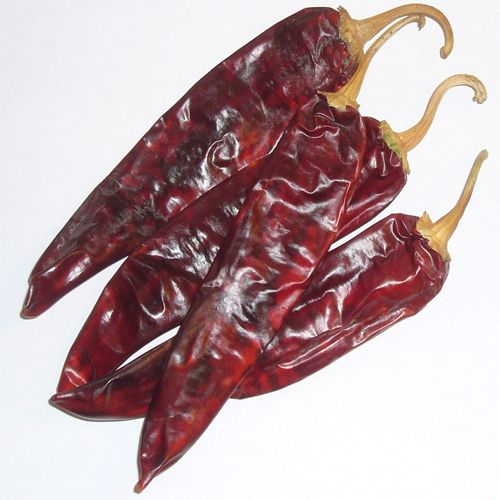 Guajillo Chillies are a variety of the Capsicum annuum that are produced by drying the mirasol – a popular Mexican chilli. Guajillo chillies provide a slightly fruity, berry-like sweetness with tea-like tannins.  The spice level is actually low at around 5000shu, making it ideal for boosting the flavour of anything from marinades to stews. Do […]
