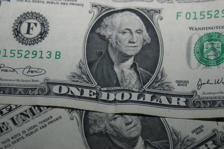 Dólar comercial sobe com atenção para os EUA - http://po.st/L05GGI  #Economia - #BC, #Euro, #FED, #Moedas