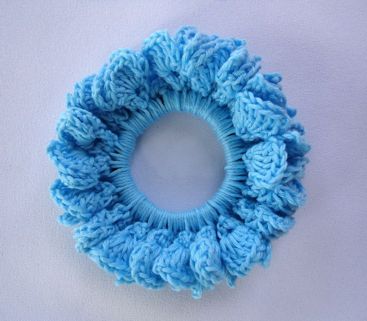 Stitch of Love: Tutorial: Crochet Hair Scrunchie