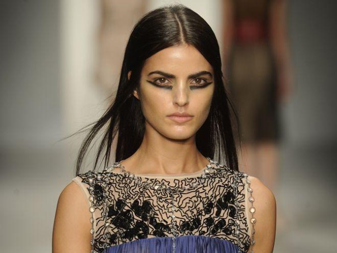 Runway to Everyday: Bottom Lid Eyeliner From London Fashion Week