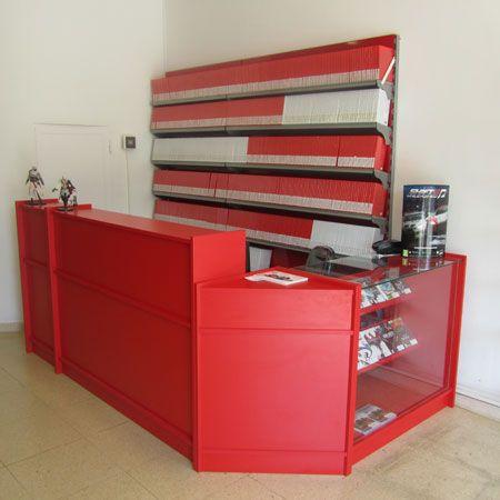 estanterias especiales para tiendas de videojuejos y servicio técnico