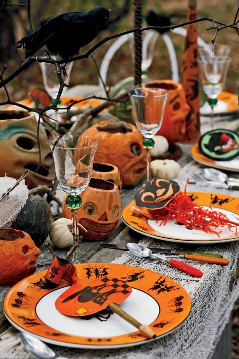 During the 1920s, Halloween parties enjoyedunprecedented popularity, a trend that reached its peak in the '30s. Preparation for these elaborate Halloween feteswould began as early as the summer before, usually in August.The table pictured hereis setwith early-20th-century noisemakers and 1930s Bakelite flatware.