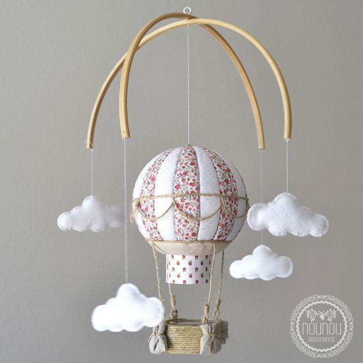 29€ Entrañable móvil en forma de globo aerostático que llevarán a mil y un lugares en los sueños de tu bebé.