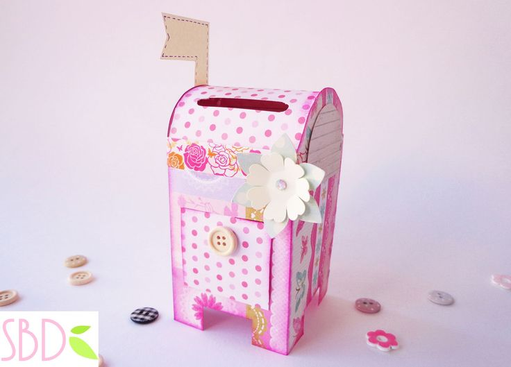Cassetta porta lettere salvadanaio tutorial - Money saver Mailbox diy - http://sweetbiodesign.blogspot.it/2015/04/cassetta-porta-lettere-salvadanaio.html