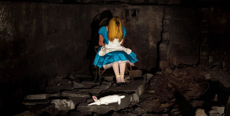 Fallen Disney Princesses - Alice of alice in wonderland by Thomas Czarnecki #photography
