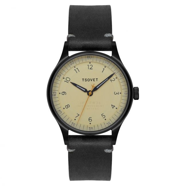 The JPT-PW36 is as useful in the air as it is practical on the ground. Where need meets purpose, this 36mm watch is sized with the purist in mind. The domed crystal reflects on classic designed timepieces from the past. The raised inner-ring highlights th