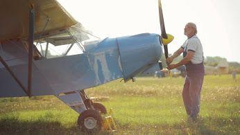 """Taka pasja jest dość nietypowa :)  Kto by pomyślał, że budowanie ich będzie o wiele ciekawsze niż samo latanie!  Bardzo podoba nam się zdanie """"Dopiero zaczynam się rozwijać..."""" :)  Co sądzicie o takim hobby? :)  #MójRozwójOsobisty #Projekt6"""