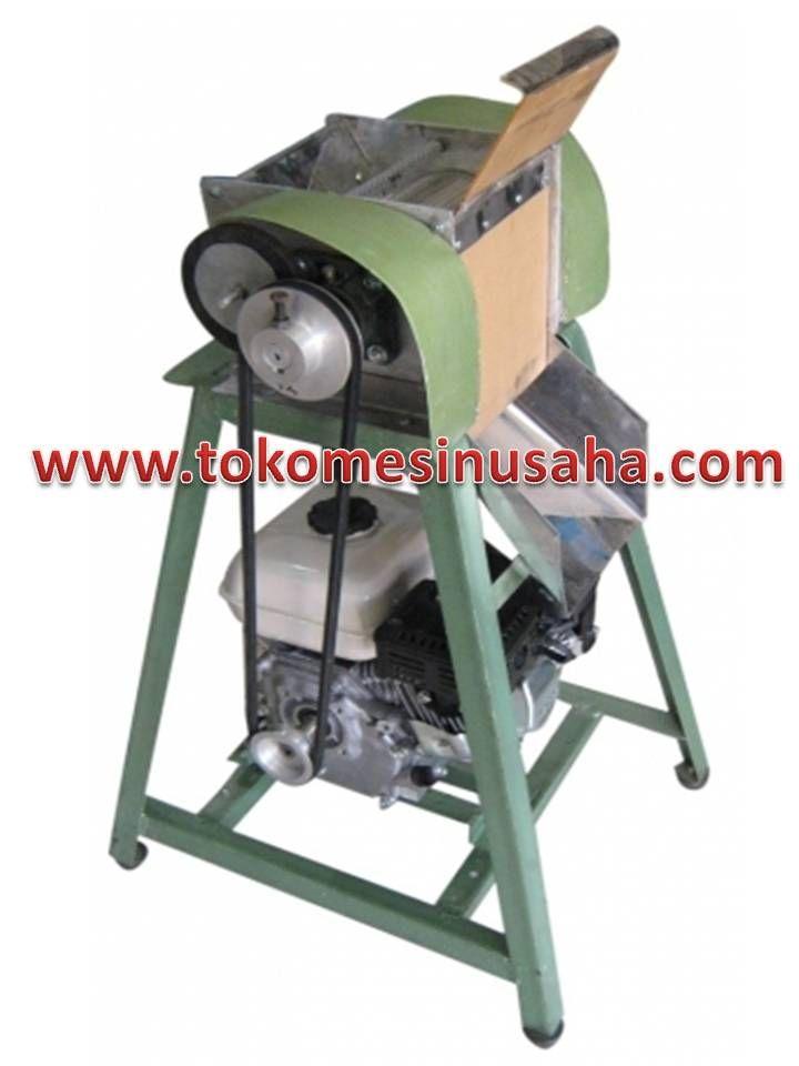 Mesin Pemarut Kelapa dignauan untuk memarut kelapa dengan otomatis, mesin ini juga dapat digunakan untuk menghasilkan santan, dan memisahkan ampas dari parutan kelapa.       Bahan terbuat dari stainless steel     Power         : 750 W     Daya           : 220 V/ 50 Hz     Kapasitsas : 90 kg/ jam     Dimensi     : 50 x 39 x 92 cm
