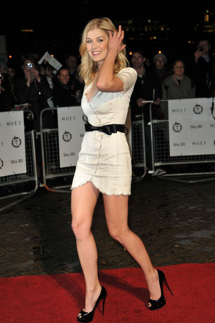 "gentlemanboners: ""Rosamund Pike. https://www.snapchat.com/add/gentlemanboners "" I love her tight mini dress and high heels, she has beautiful legs"