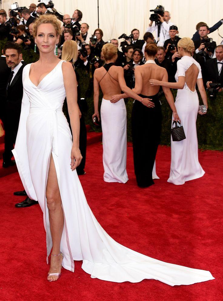 UMA THURMAN VERSACE Tapete vermelho: todos os looks do Met Gala 2015 - Vogue   News
