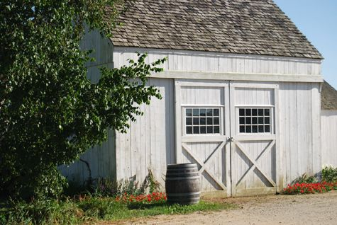 small white barn/shed