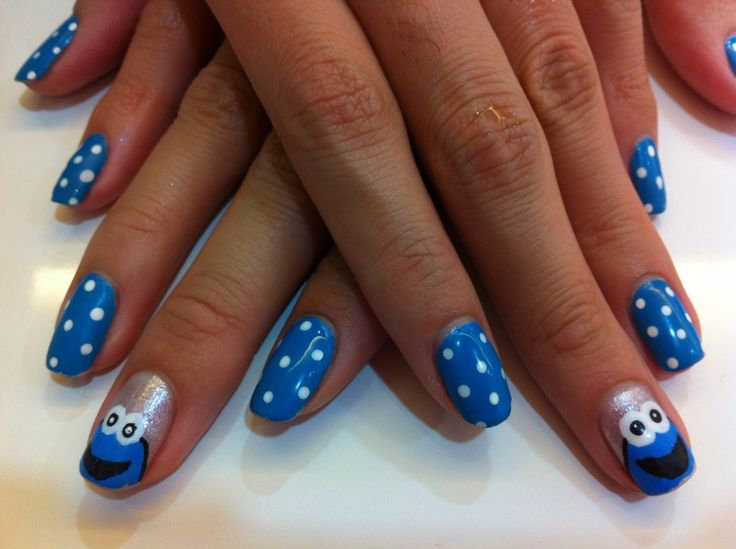 How to Paint Cookie Monster Nail Art - The Adult Version - My Fat Pocket