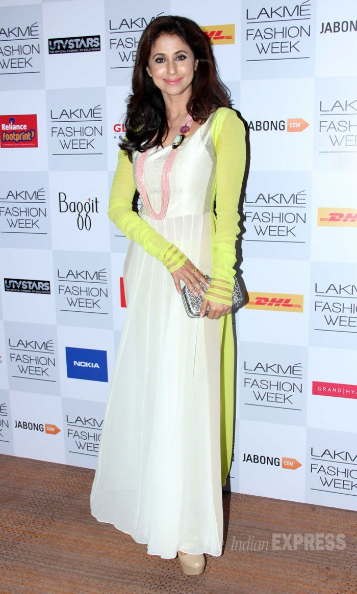 Actress Urmila Matondkar, who also swears by Manish's clothes, was pretty in a white outfit with neon green sleeves. (Photo: Varinder Chawla)