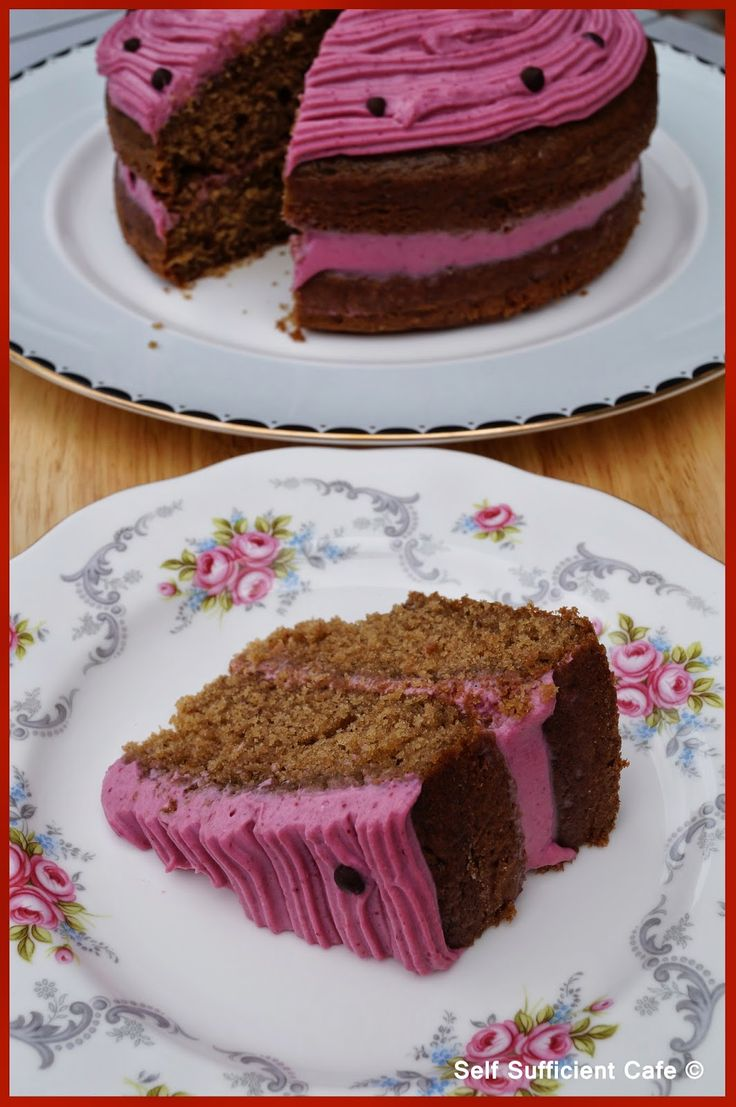 Self Sufficient Cafe: Specials Board: Raspberry Cake