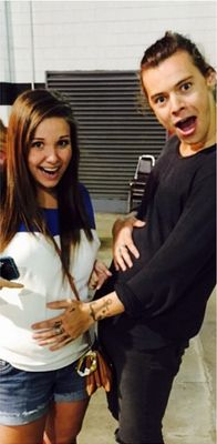 Harry with pregnant girls cracks me up.