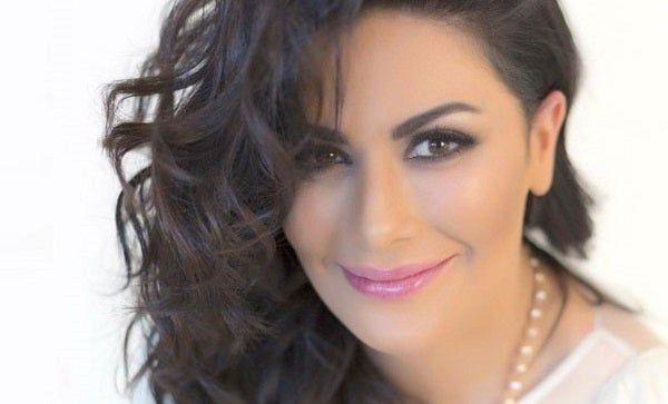 صبا مبارك بإطلالة كاجوال في أحدث ظهور لها على إنستجرام
