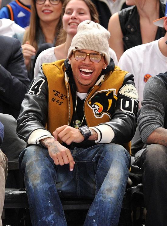 Chris Brown wearing #AirJordan Retro 7