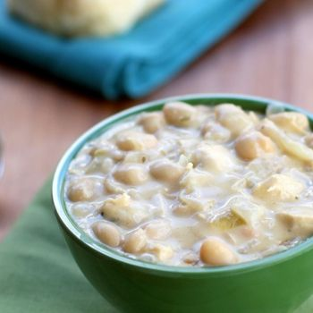 Easy White Chicken Chili - Add this recipe to your meal plan. get.ziplist.com/clipper
