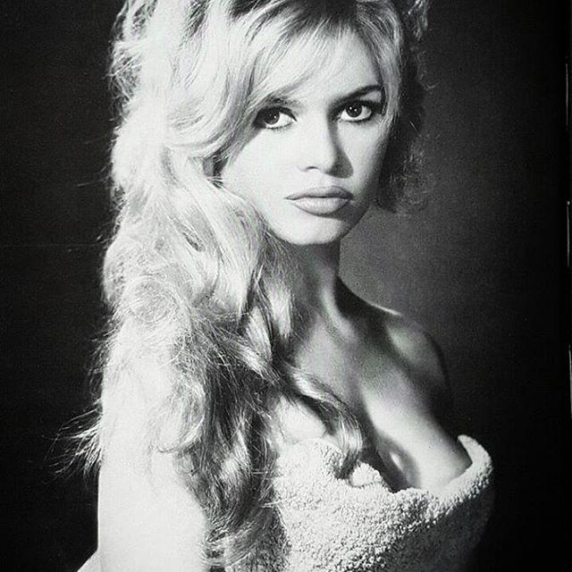 Brigitte Bardot...une des plus belles femmes de la planète!!!