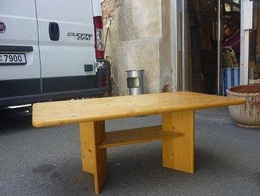 Prodám borovicový konferenční stůl V:47cm, D:120cm,Š:69cm