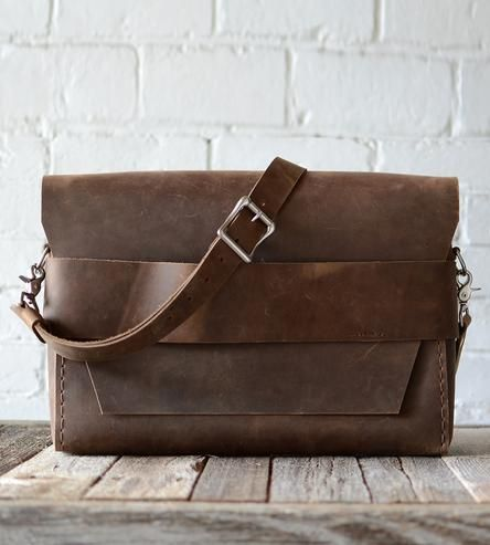 No. 32 Minimalist Leather Satchel | Men's Wallets & Bags | Stock & Barrel | Scoutmob Shoppe | Product Detail