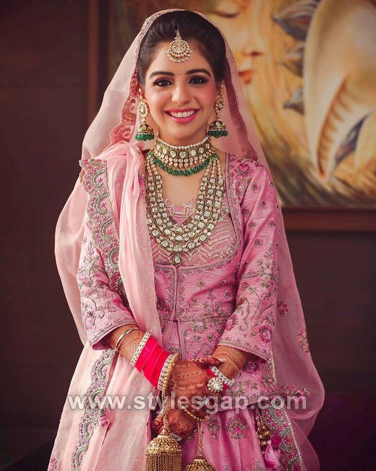 Neueste indische Brautkleidertrends 2019-20 Make-up Schmuck Frisur