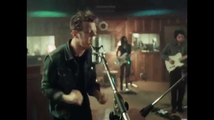 Anderson East - Satisfy Me [Live from Fame Studios]    love his voice and the horn section