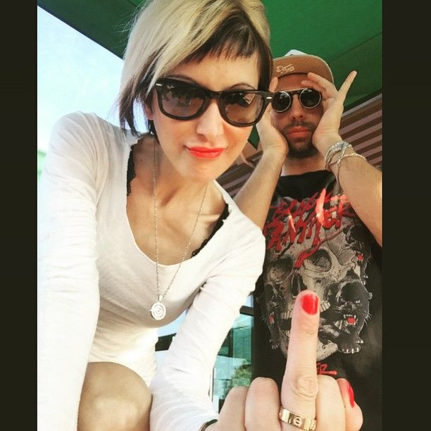 #DanieleLazzarin Daniele Lazzarin: Da me e @paolottera un Saluto Speciale a chi il sabato mattina dorme...☕️