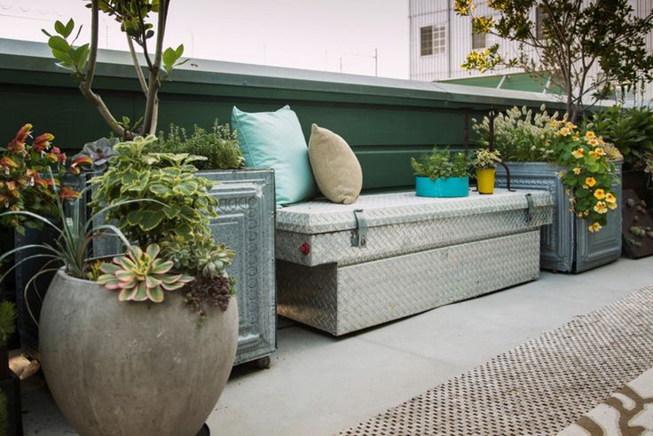 15+ Cute Outdoor Storage Bench for Patio - Benches serve a sensible and a no-fuss goal. You possibly can sit on them and generally you utilize them to lie down, or maybe they can be utilized as a desk to place briefly some issues on them.
