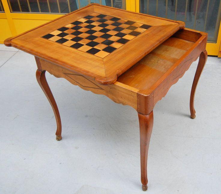 Tavolino da gioco in ciliegio prima metà del '900 con scacchiera