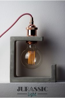 Lampe à poser béton KUBIC                                                       …                                                                                                                                                                                 Plus