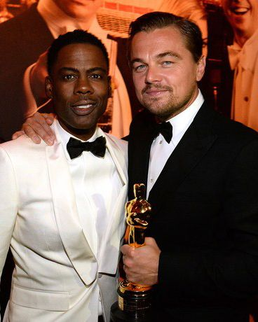 Inside Vanity Fair's Oscar party, Leo is the king of the world.