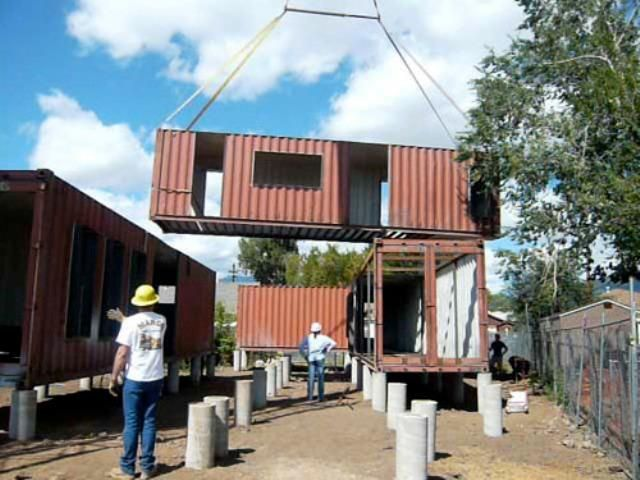 designed under the guidance of ecosa design studio this recycled shipping container home in flagstaff arizona is constructed from six shipping containers
