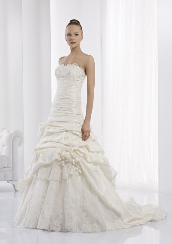 Collezione abiti da sposa #Jolies, abito da #sposa modello JOAB13505IV