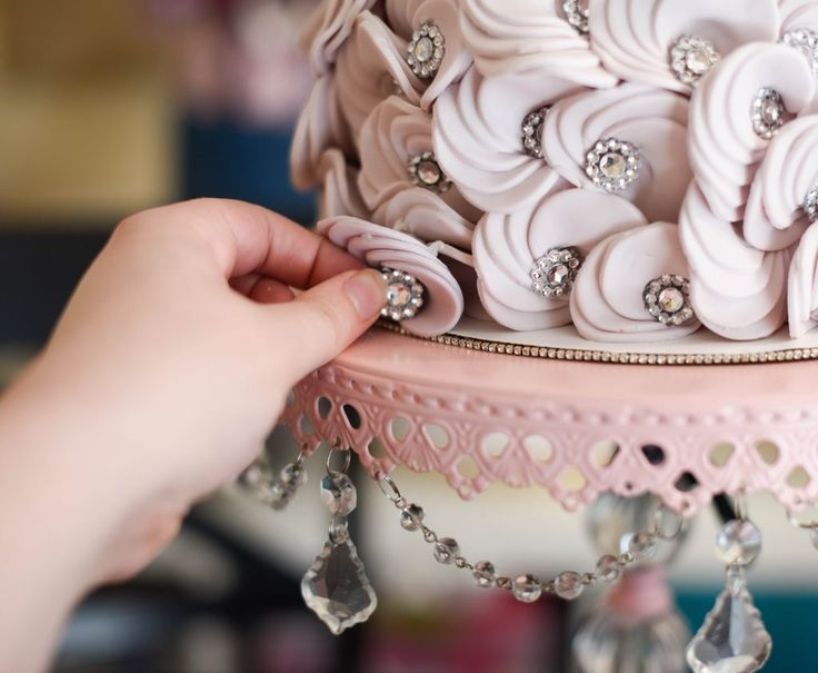 The Easiest Circle Ruffles Ever! | American Cake Decorating