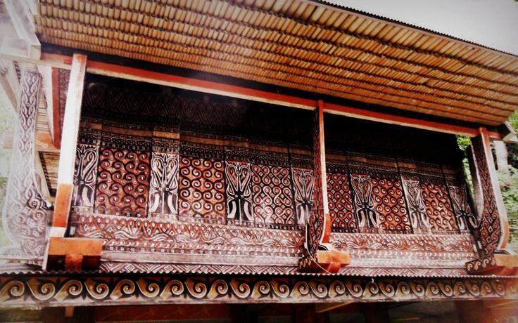 Toraja carving on alang