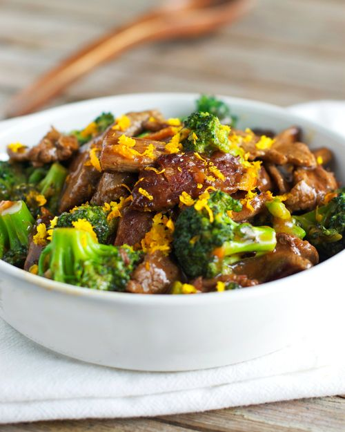 Light Orange Beef and Broccoli, Awesomely Sweet and Salty Sauce and so easy!  {Pinch of Yum}