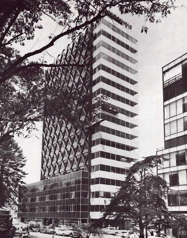 Edificio de Oficinas, Paseo de la Reforma 195, Col. Cuauhtémoc, Ciudad de México 1964   Arq. Enrique de la Mora -  Office building, Paseo de la Reforma, Mexico City 1964
